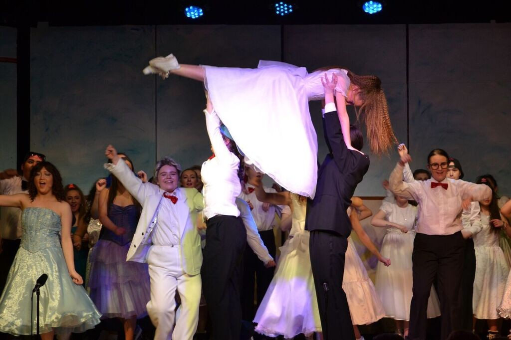 An image from the TY Musical; Back to the 80's.