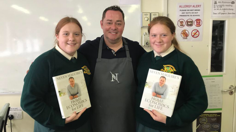 Neven Maguire pictured with Shannon and kelsey Redmond.